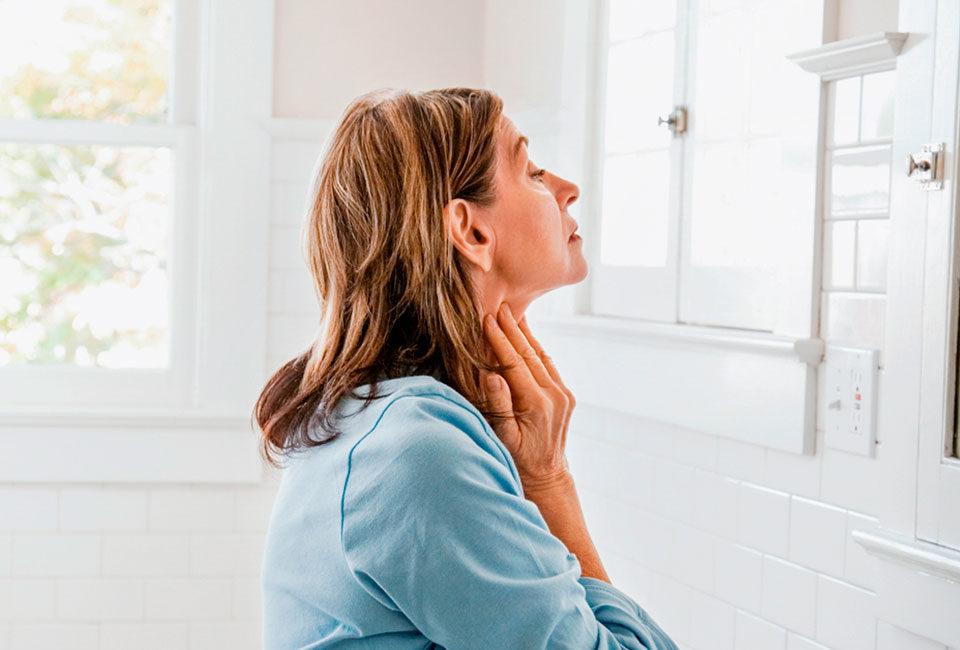 Подтянуть кожу лица шеи